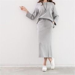 PEPER - Set: Raglan-Sleeve T-Shirt + Drawstring Maxi Skirt