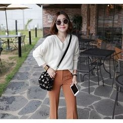 Miamasvin - V-Neck Loose-Fit Knit Top