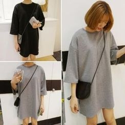 Moon City - 3/4-Sleeve Loose Fit T-Shirt