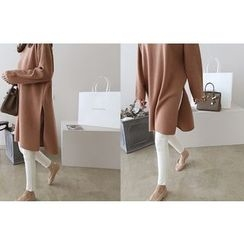 DAILY LOOK - Slit-Side Wool Blend Long Knit Top