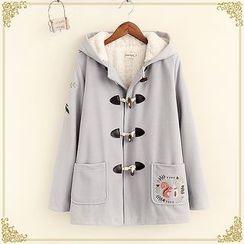 布衣天使 - 刺繡連帽牛角扣大衣