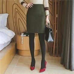 ode' - Slit-Hem Pencil Skirt