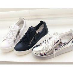 DANI LOVE - Zip-Detail Metallic Platform Sneakers