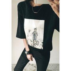 ATTYSTORY - Elbow-Sleeve Printed Velvet T-Shirt