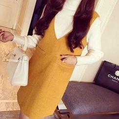 Kasan - 孕妇套装: 高领毛衣 + 后系带背带连衣裙