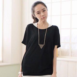 CatWorld - Short-Sleeve Dip-Back T-Shirt