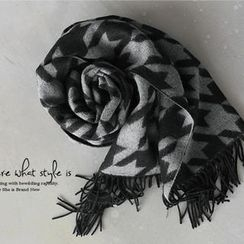 NANING9 - Houndstooth Check Fringed Scarf