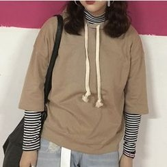 MATO - Set: Striped Long Sleeve Turtleneck T-Shirt + 3/4-Sleeve Hoodie