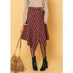 J-ANN - Belt-Detail Asymmetric-Hem Checked Skirt