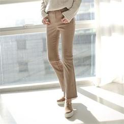 Styleberry - Band-Waist Boot-Cut Jeans