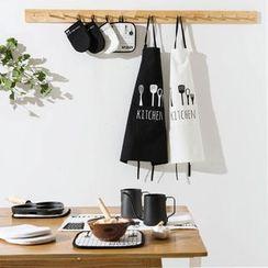 Modern Wife - Printed Oven Mitten / Heat Resistant Mat / Tea Towel / Apron