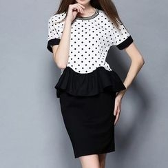 妮佳 - 套裝: 短袖圓點上衣 + 短裙
