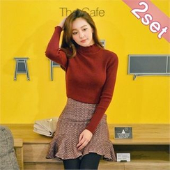 Styleberry - Set: Mock-Neck Rib-Knit Top + Ruffle-Hem Mini Skirt