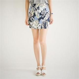 Styleberry - Floral Print Mini Skirt