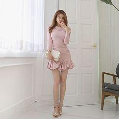 DABAGIRL - Off-Shoulder Godet-Hem Mini Dress
