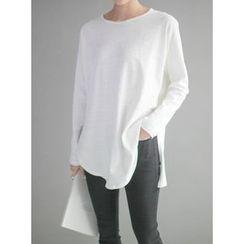 STYLEBYYAM - Round-Neck Slit-Side T-Shirt