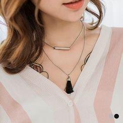 OrangeBear - Tassel Pendant Necklace