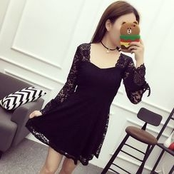 Bloombloom - Lace Long-Sleeve Dress