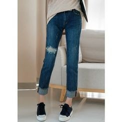 J-ANN - Cuff-Hem Distressed Tapered Jeans