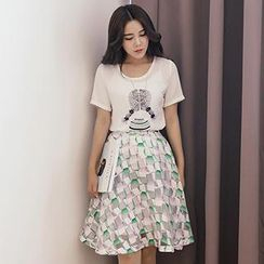 Romantica - Set: Short-Sleeve Printed Top + Printed A-Line Skirt
