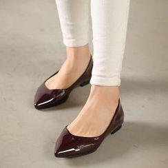 VIVIER - 尖头漆皮平跟鞋