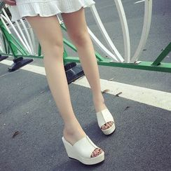 BAYO - Wedge Slide Sandals