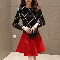 Fashion Street - Set: Long-Sleeve Plaid Blouse + A-Line Skirt