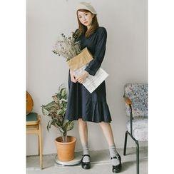 GOROKE - Ruffle-Hem Flower Pattern Cotton Dress