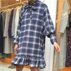 Dute - Bow Accent Plaid Long Sleeve Dress