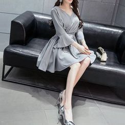 Silkfold - Long-Sleeve V-neck A-line Dress