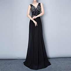 Posh Bride - Sequined V-Neck Sleeveless Wedding Gown