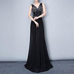 Posh Bride - Sequined V-Neck Sleeveless Wedding Gown