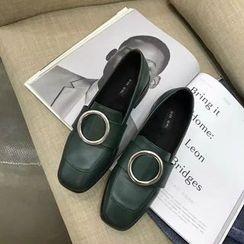 楊董 - 飾扣粗跟樂福鞋