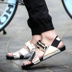 Chariot - Faux-Leather Flat Sandals