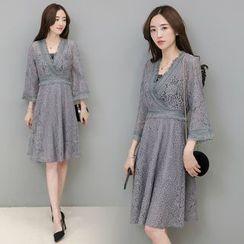 Sienne - Fringed 3/4 Sleeve Lace Dress