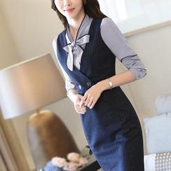 Princess Min - 套装:条纹背带裙 + 领结带衬衫