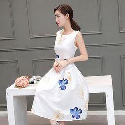 EFO - 无袖A字连衣裙