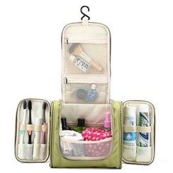 Cattle Farm - Travel Bag Organizer / Cosmetic Bag / Toiletry Bag