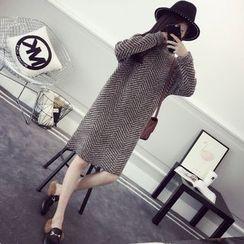 efolin - Mock Neck Chevron Knit Dress