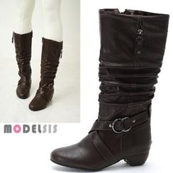 MODELSIS - Buckled Strap Shirred Boots