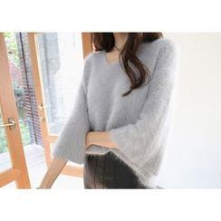 Hello sweety - V-Neck Wool Sweater