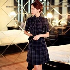 Dabuwawa - Short-Sleeve Tie-Neck Plaid Dress