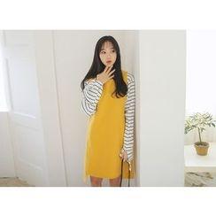 Envy Look - Sleeveless Shift Dress