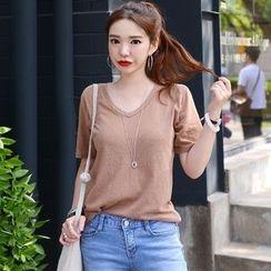DEEPNY - V-Neck Short-Sleeve T-Shirt