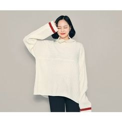 HOTPING - Turtle-Neck Contrast-Trim Knit Top