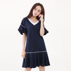 Tokyo Fashion - Short-Sleeve Ruffled Dress
