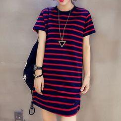 November Rain - Stripe Short-Sleeve T-shirt Dress