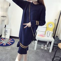 Florie - Ruffled Sweater Dress