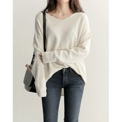 UPTOWNHOLIC - V-Neck Wool Blend Knit Top