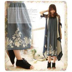 Nectarine - Embroidered Maxi Dress